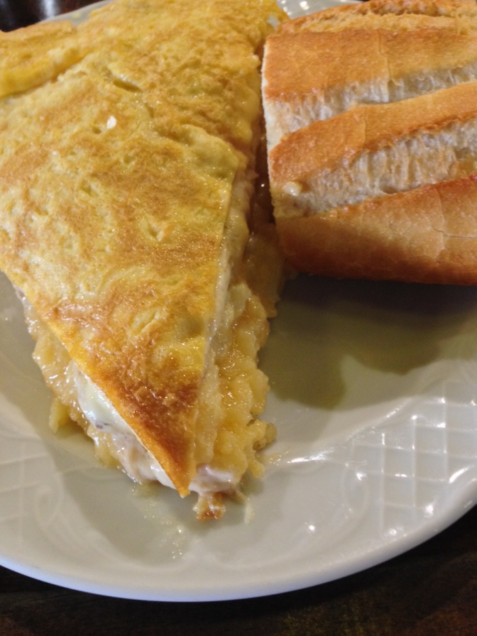 Remigio Sport's Tavern: tortilla a media luz