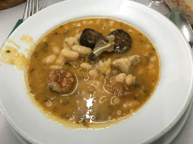 El Chumarru: Lo bueno de la comida del pueblo en la ciudad.